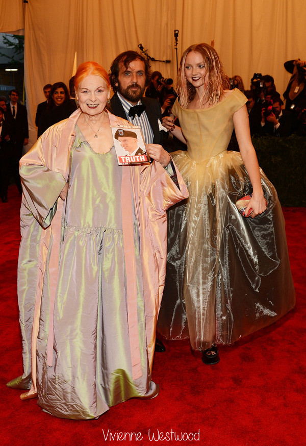 Vivienne+Westwood+PUNK+Chaos+Couture+Costume+14Wgwkmaiixx