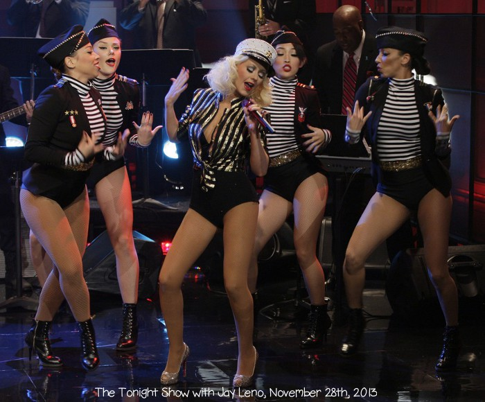 christina-aguilera-sexy-soldier-for-leno-thanksgiving-episode-05